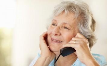 elderly-phonecall