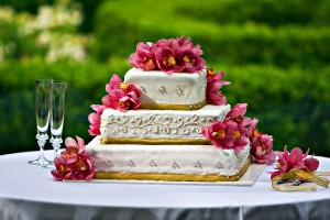 bigstock-Wedding-Cake-3071312