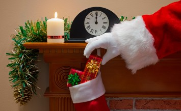 Midnight on Christmas Eve and Santa Claus (or Father Christmas)