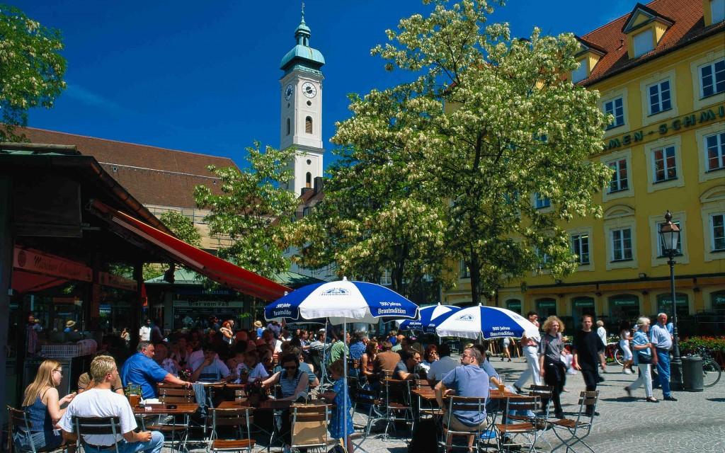 Munich Viktualienmarkt - A. Cowin