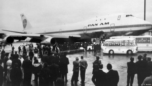 Pam American Airways offers the first commercially scheduled 747 service from John F Kennedy Airport in New York City to London Heathrow.
