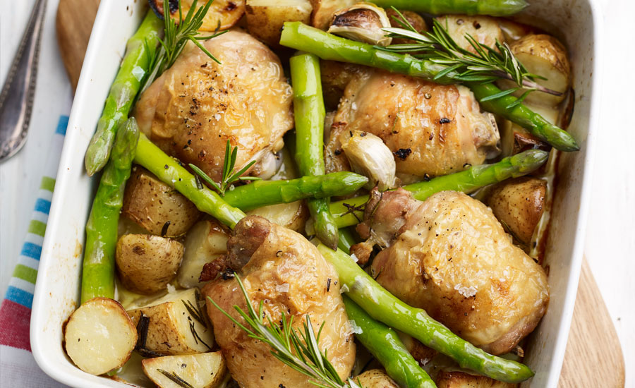 One-Pan-Asparagus-Chicken-&-New-Potato-Roast-copy