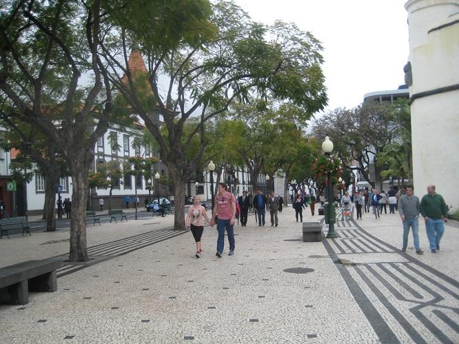 2 Funchal street