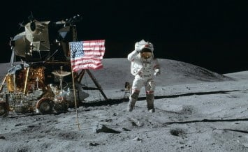 20 July - Men land on the moon for the first time in history. American Astronaut Neil Armstrong was the first person to step onto the lunar surface, followed shortly after by his crewmate Buzz Aldrin. Footage from the landing is broadcast on all three British television channels - Armstrong stepped on to the surface of the moon at 3:56 a.m British Time.