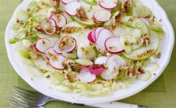 love-the-crunch-light-fresh-summer-salad