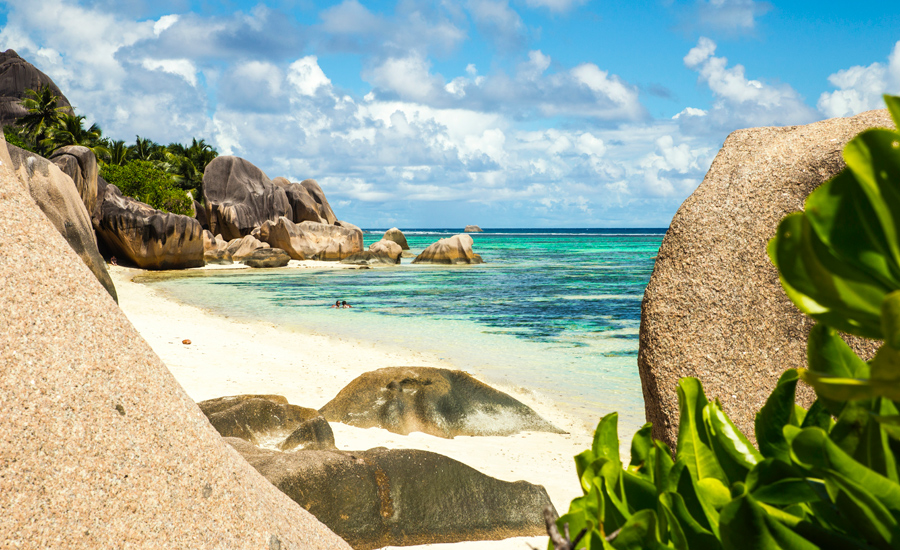 Escape-to-La-Digue-Anse-Source-DArgent-Seychelles