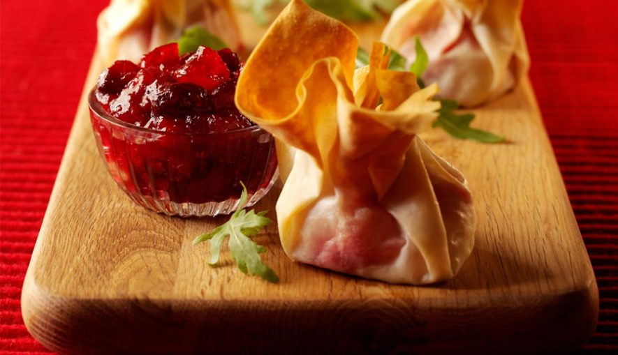 berryworld-cranberry-and-goats-cheese-filo-parcels